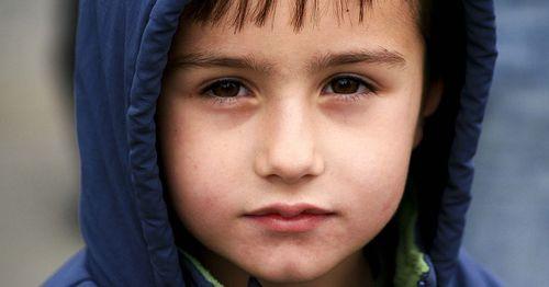 眼神:黃斑部的代名詞