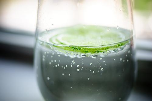 日本人气健康圣品!气泡水令人意外的5项效果   早安健康NEWS